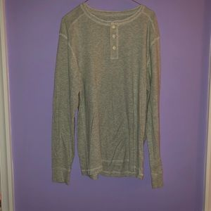 Old Navy grey waffle print long sleeve button up